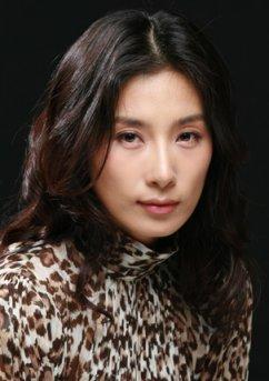 キム・ソヒョン(女優)映画『欲望 Lovers』での貴重なお宝ヌード濡れ場セックスシーン映像